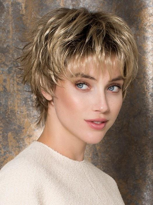 Women Sophisticated Short Curly Blonde Synthetic Wig Basic Cap