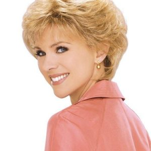 Short Blonde Women Wavy Synthetic Wig Basic Cap Brunette