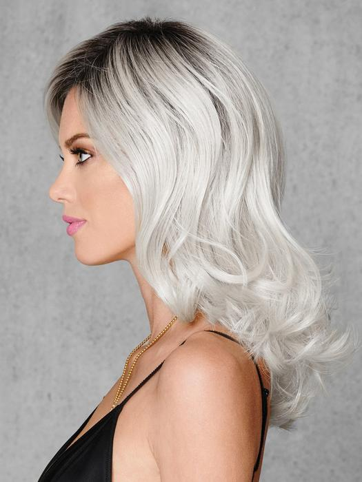 Women Mid-length Straight Whiteout Hf Synthetic Wig Basic Cap Colored