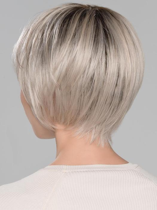 Short Women's Brunette Straight Synthetic Wig Mono Crown