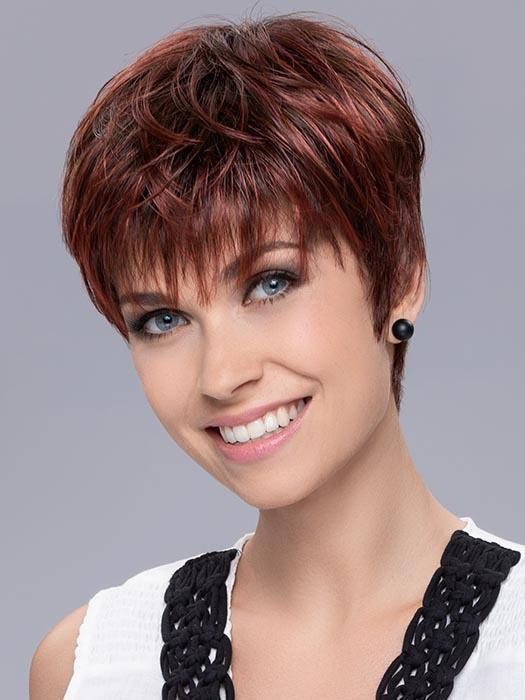 Women's Short Straight Blonde Synthetic Wig Mono Crown